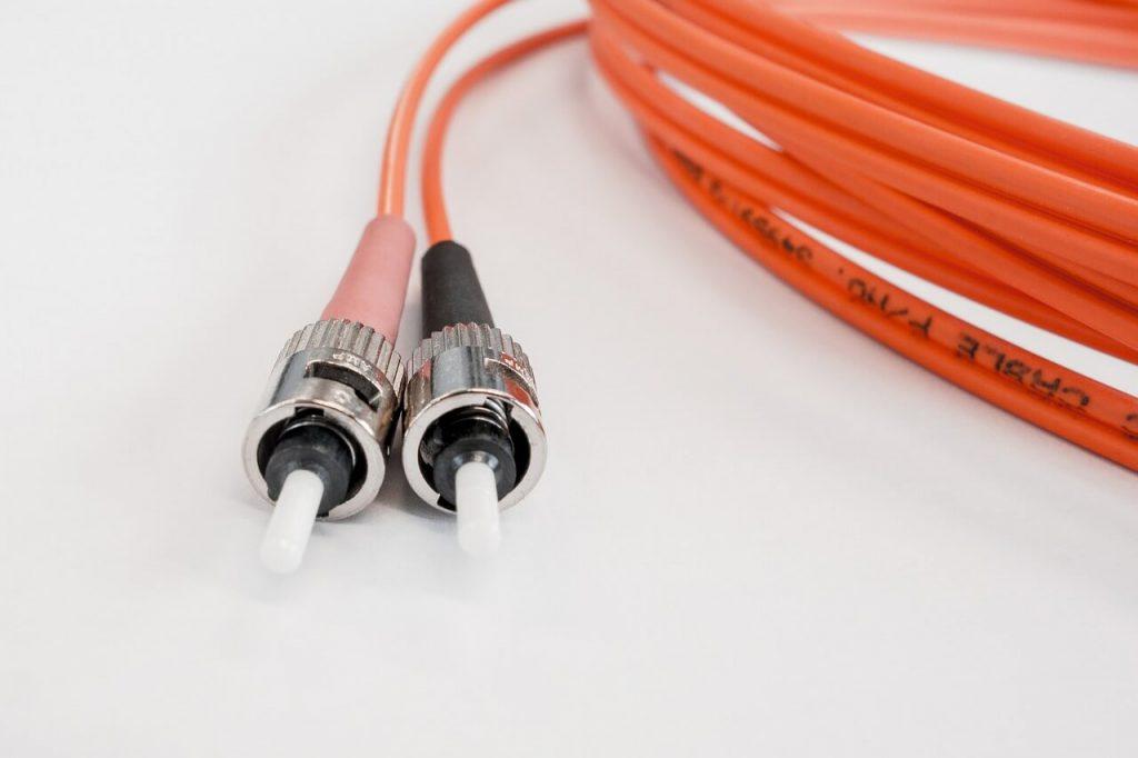 fibra ottica pro e contro